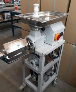دستگاه آب گوجه گیری صنعتی
